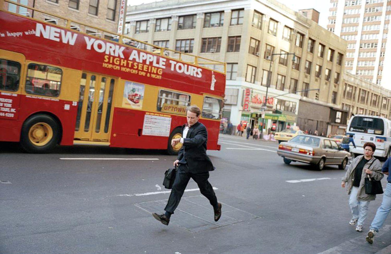 «Бегущий человек». Нью-Йорк, 1999. Фотограф Джефф Мермельштейн
