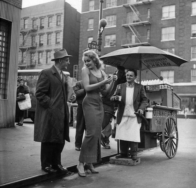 Джули Ньюмар, Нью-Йорк, 1950-е