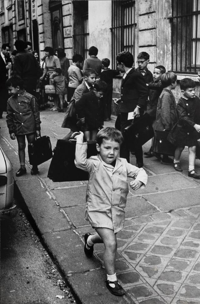 Первый школьный день Пьера, Париж. Фотограф Леонард Фрид