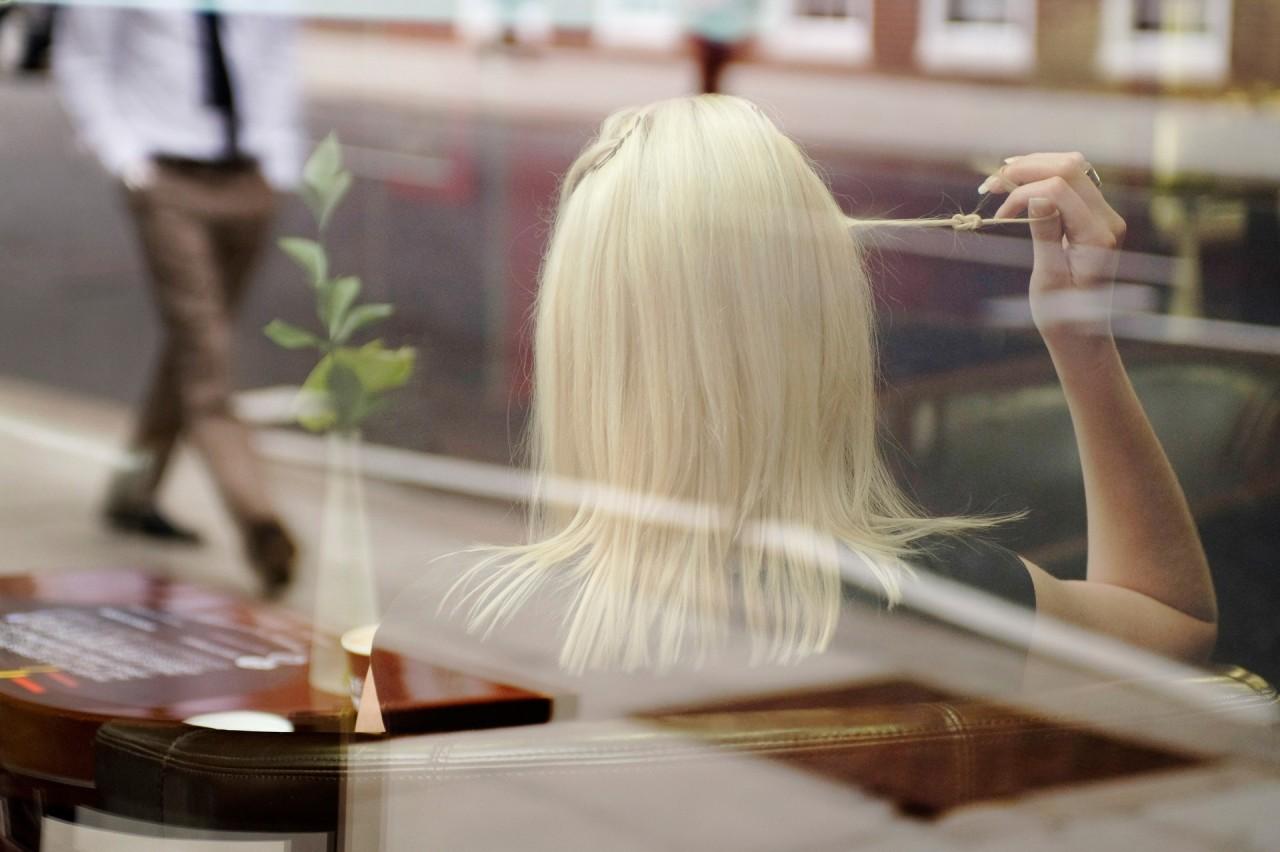 «Играть с волосами». Фотограф Нильс Йоргенсен