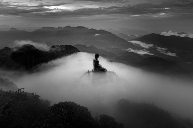 2-е место в категории «Архитектура» среди профессионалов, 2020. «Будда на вершине Индокитая». Автор Lê Khánh