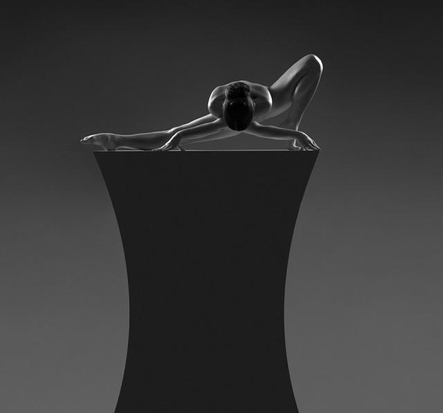 2-е место в категории «Ню» среди профессионалов, Monochrome Awards 2018. «Скульптура» (фотосессия с обнажённой балериной). Фотограф Бруно Биркхофер