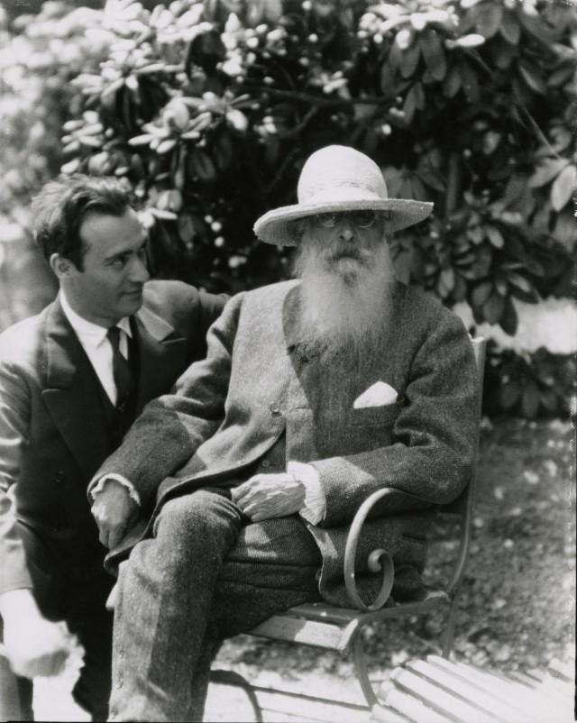 Николас Мюрей с Клодом Моне в Живерни, июнь 1926 года. Фотограф Николас Мюрей