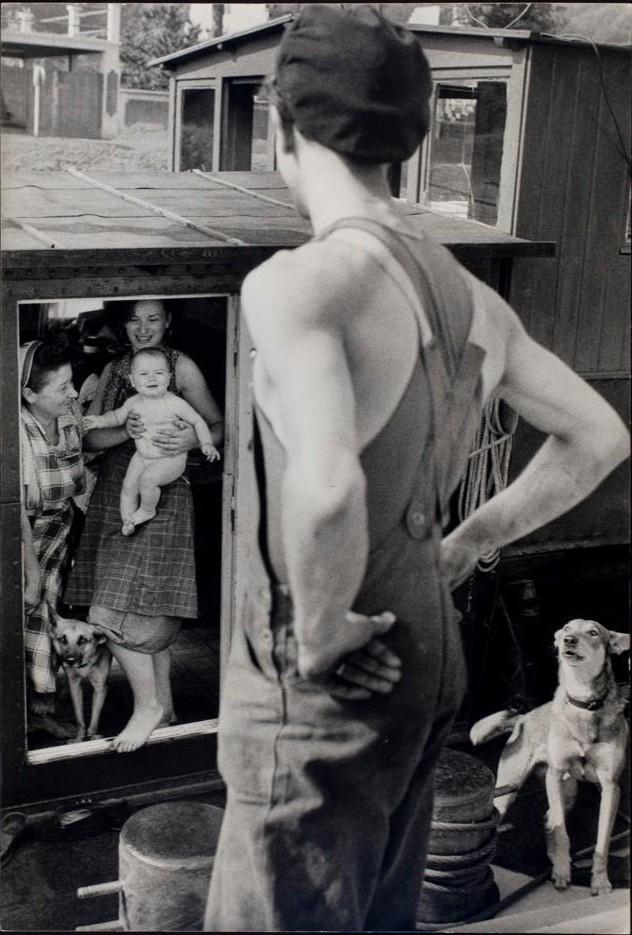 Буживаль, Франция, 1956. Фотограф Анри Картье-Брессон