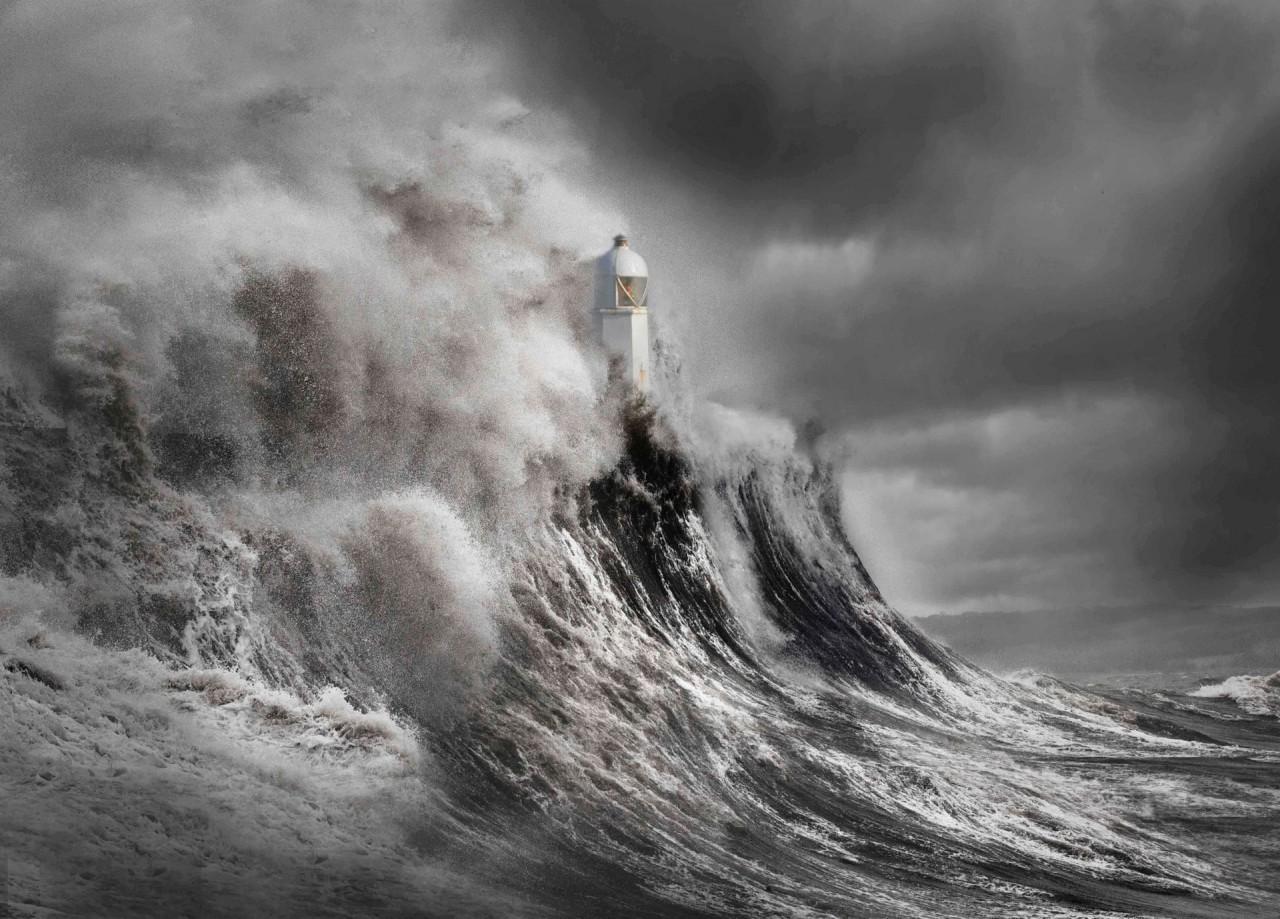«Драма на маяке». Уэльс. Фотограф Алекс Гжика