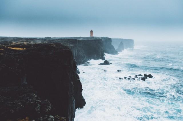 Исландский маяк. Фотограф Даниэль Кассон
