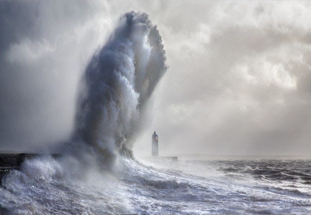 Маяк в Портколе, Уэльс. Фотограф Стив Гаррингтон