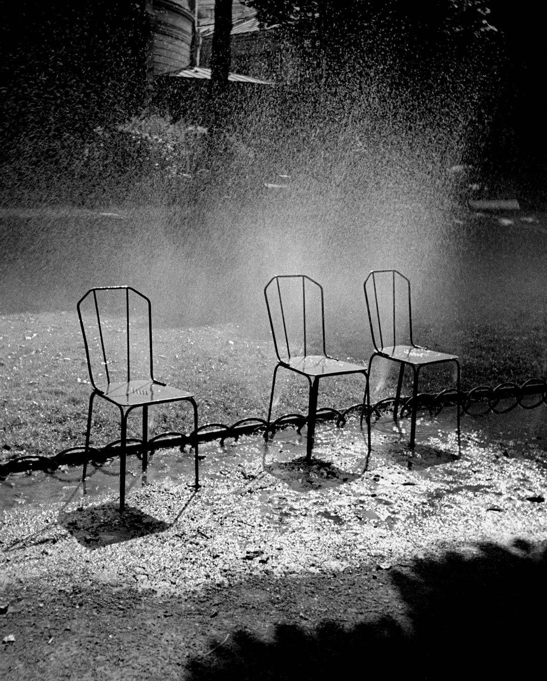 Три стула, 1936, Париж. Фотограф Фред Стайн