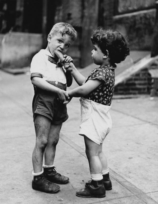 Друзья, 1943, Нью-Йорк. Фотограф Фред Стайн