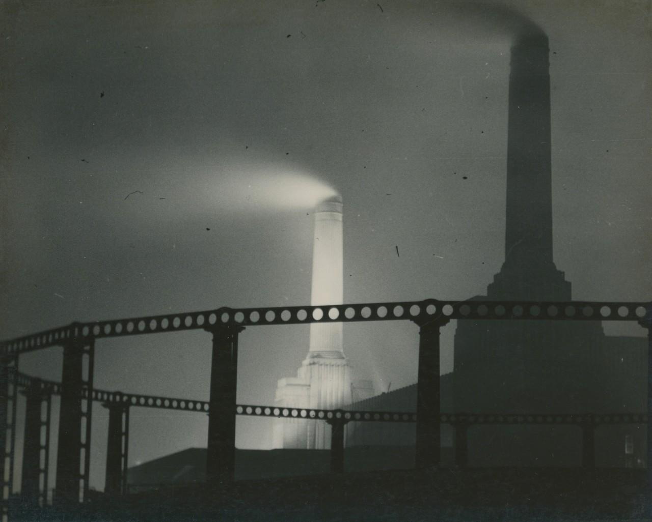 Электростанция Баттерси. Фотограф Билл Брандт