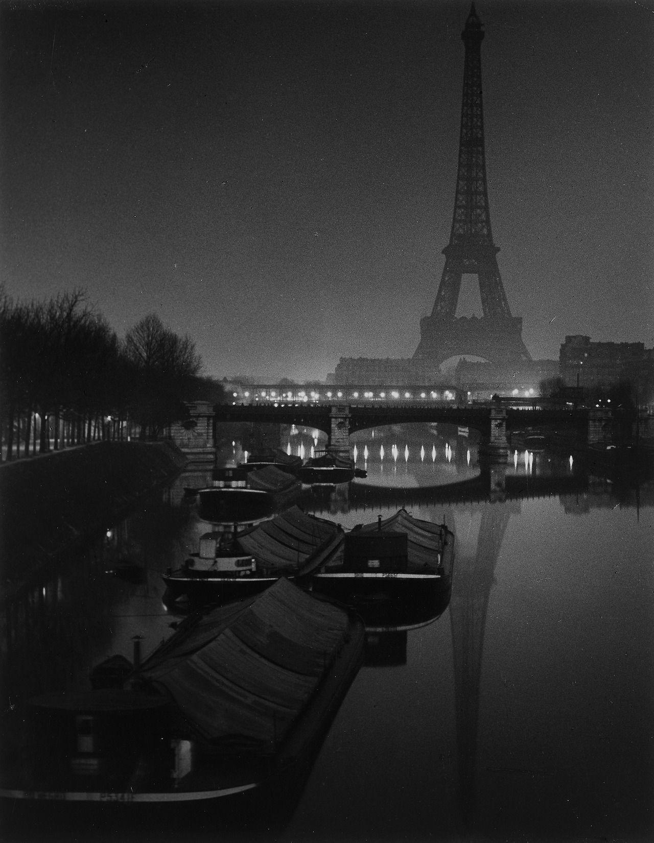 Эйфелева башня. Фотограф Брассаи
