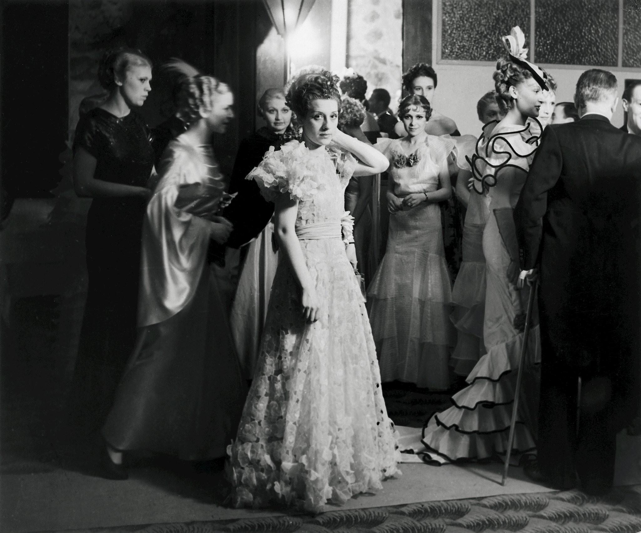 Вечер высокой моды, 1935. Фотограф Брассаи