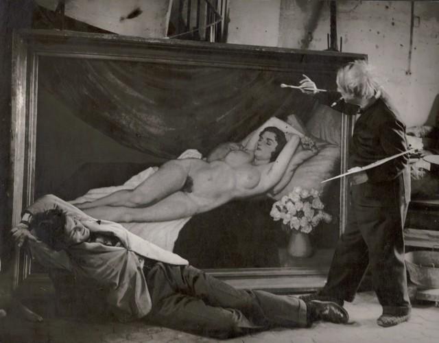 Пикассо в образе художника с Жаном Марэ в роли модели, 1944. Фотограф Брассаи