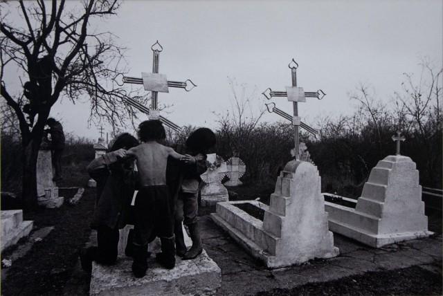 Из серии «Цыгане», Одесса, 1991. Фотограф Ляля Кузнецова