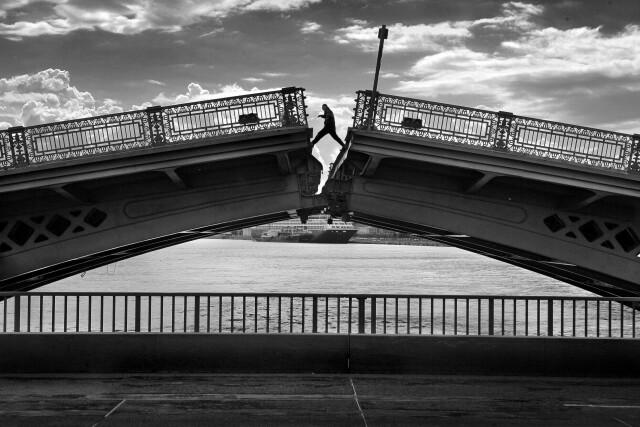 Разводной мост. Фотограф Александр