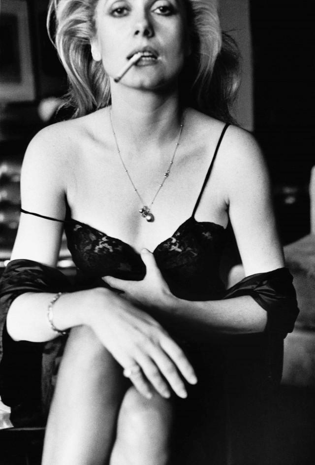Катрин Денёв, 1976. Фотограф Хельмут Ньютон
