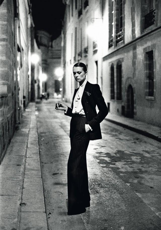 Улица Обрио, Париж, 1975. Фотограф Хельмут Ньютон