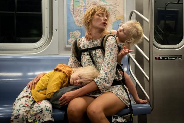 В метро Нью-Йорка. Фотограф Пол Кессель