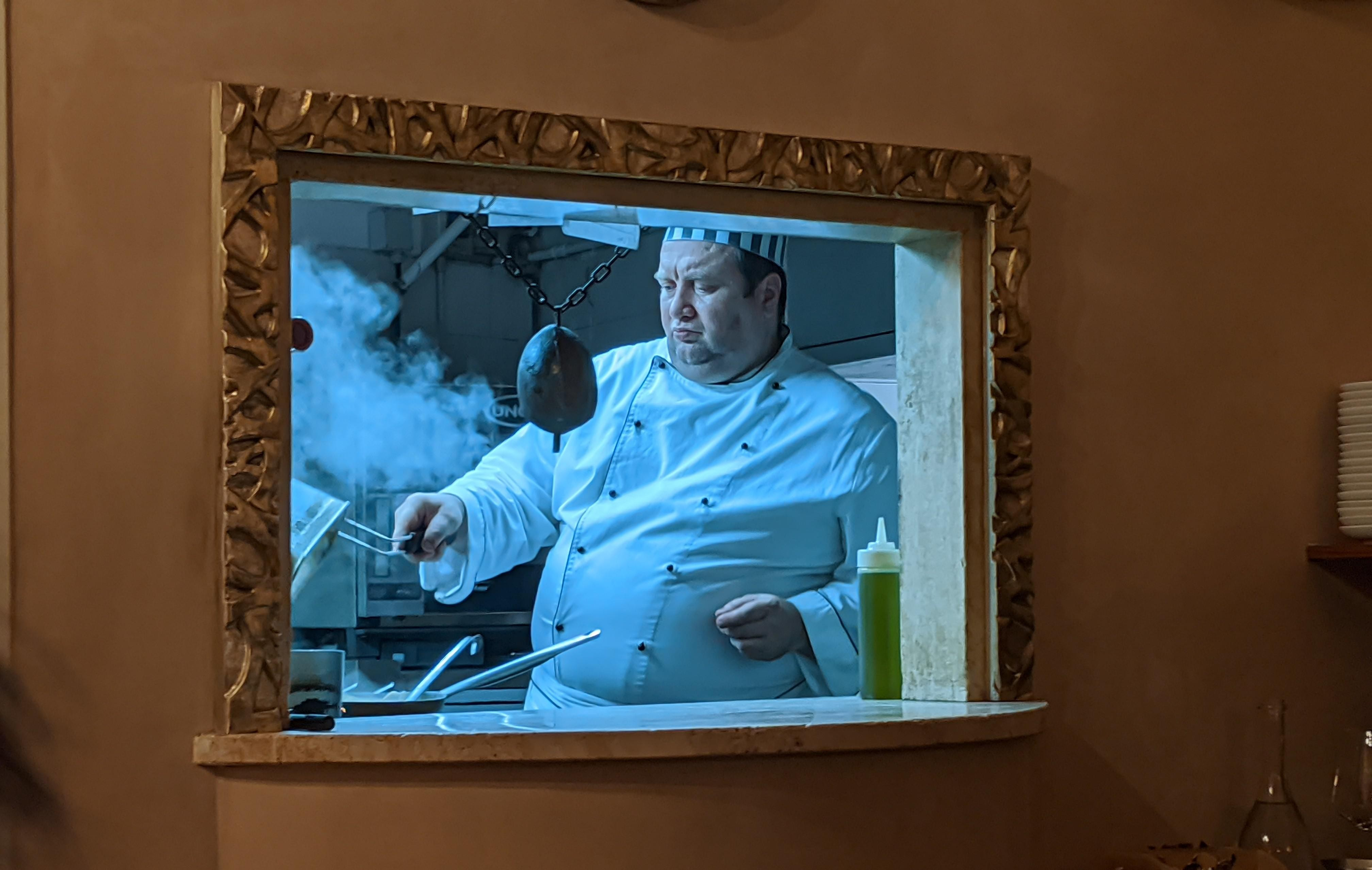 Шеф-повар в Сиене, Италия, 2020. Автор iskanderthethief