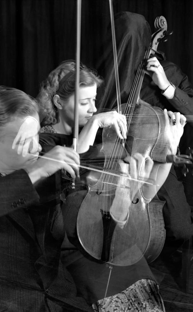 Струнное трио, 1935. Фотограф Имоджен Каннингем