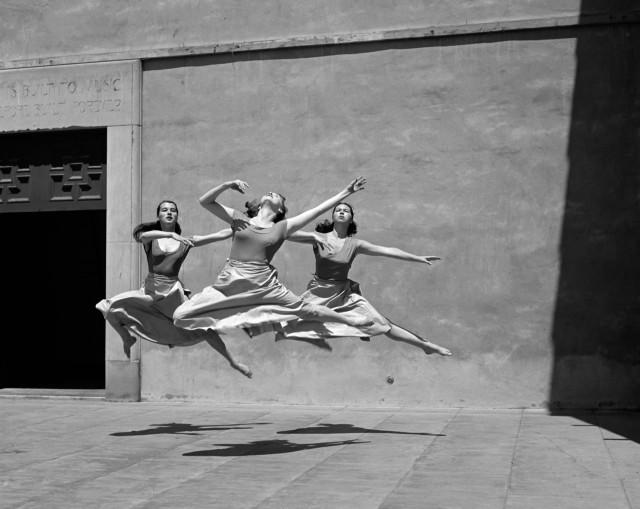 Три танцора, Миллс-колледж, 1929. Фотограф Имоджен Каннингем
