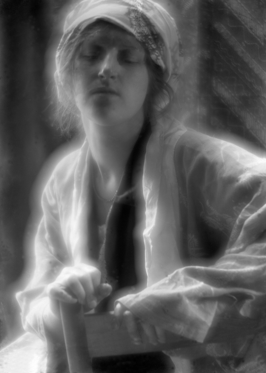 Сон, 1910. Фотограф Имоджен Каннингем