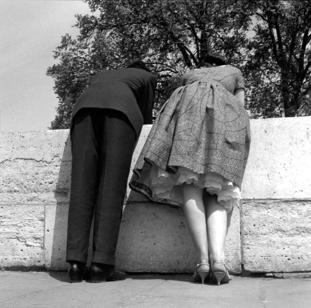 Парижская улица, 1960. Фотограф Имоджен Каннингем