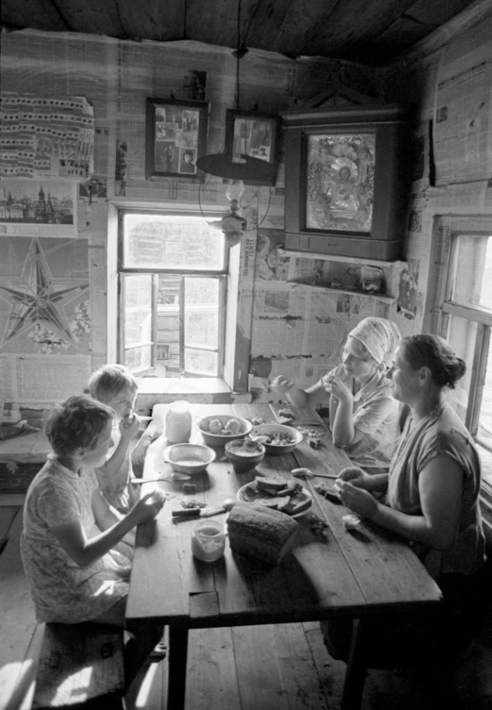 Завтрак в Вологодской области, 1969