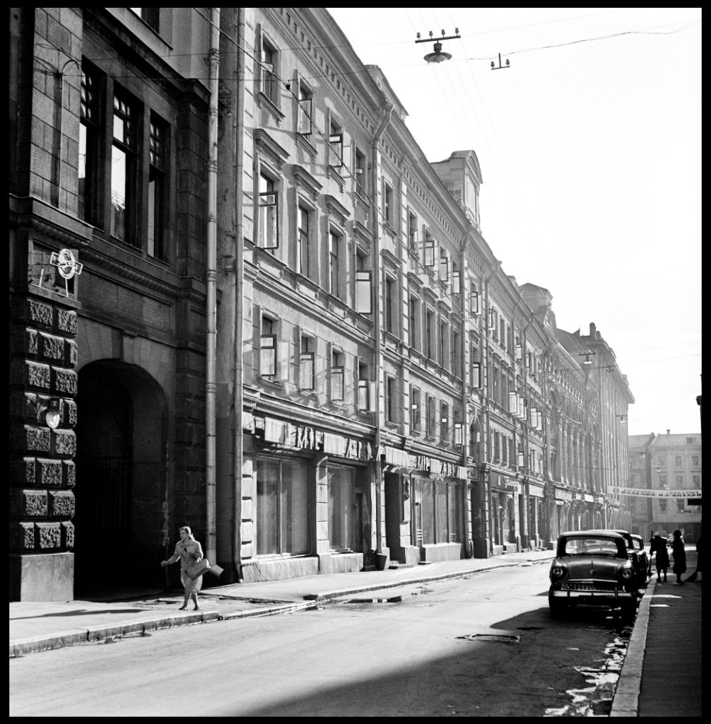 Раннее утро, Столешников переулок, Москва, 1960-е