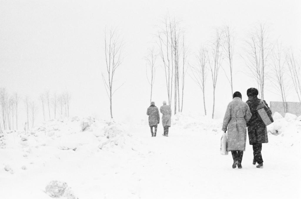 Окраина Москвы, снегопад, 1977