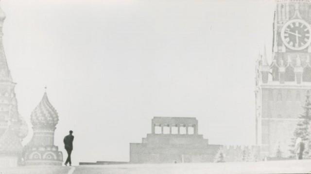 Шесть без двенадцати. Москва, 1960-е. Фотограф Игорь Пальмин