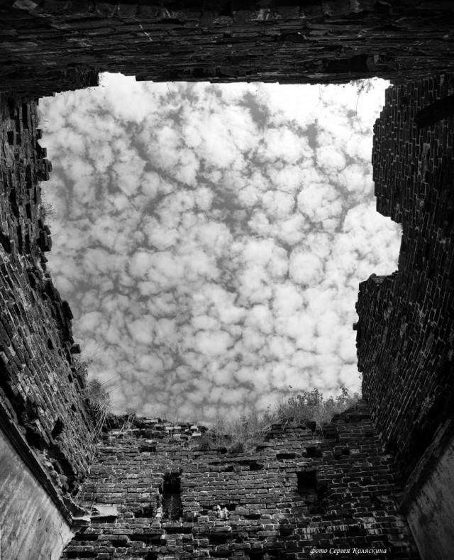 Temple overhead. Photographer Sergey Kolyaskin