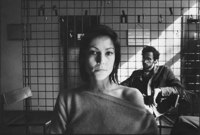 Культуролог в кафе «Espresso», Унтер-ден-Линден, Берлин. Из серии «Жизнь вместе», 1974–1984. Фотограф Уте Малер