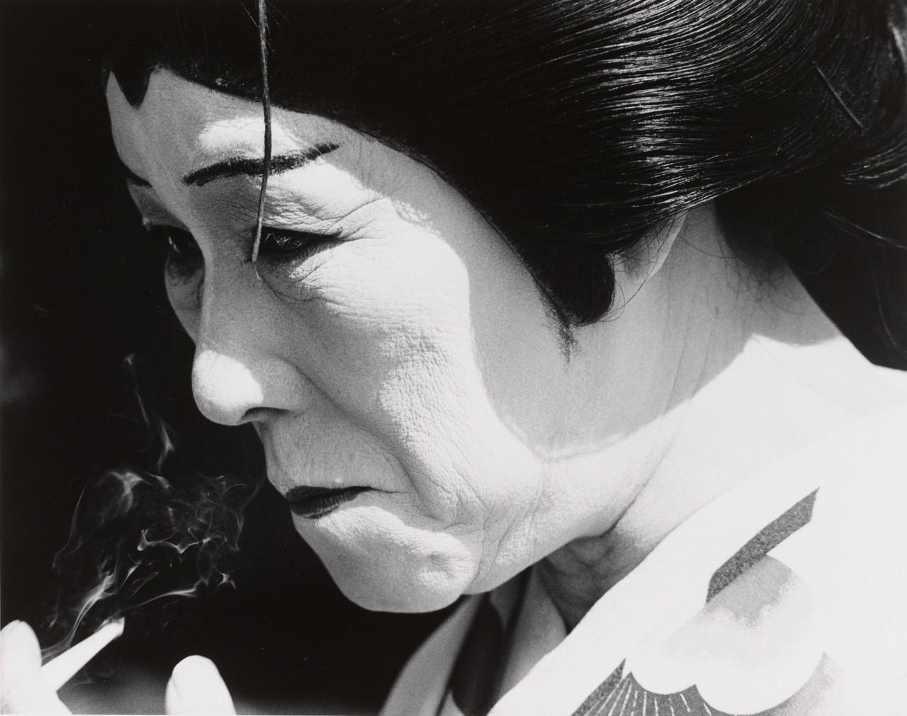 Человек-сэндвич, Токио, 1962. Фотограф Сёмэй Томацу