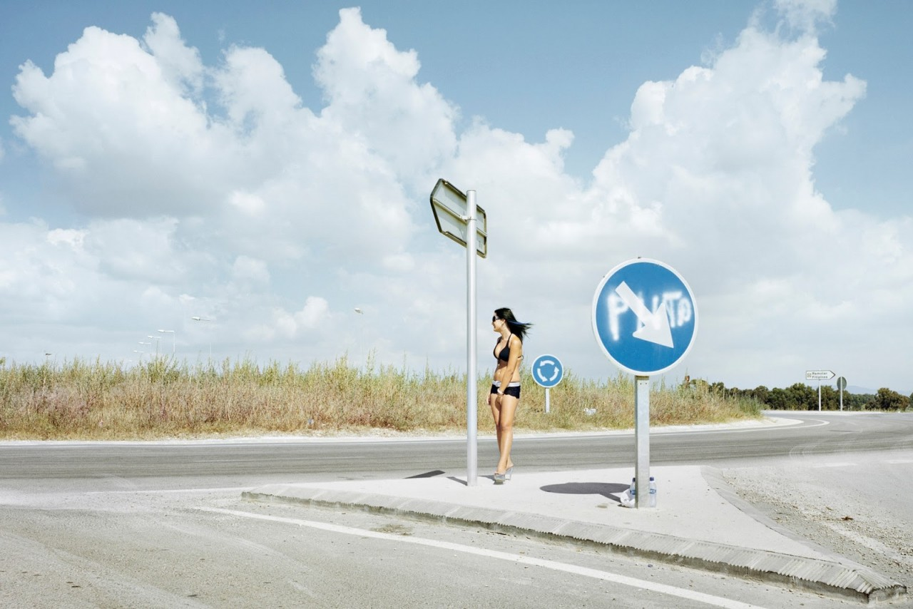 Кастельдефельс, провинция Барселона, Трасса С-31. Фотопроект «Игра в ожидание». Фотограф Чема Сальванс