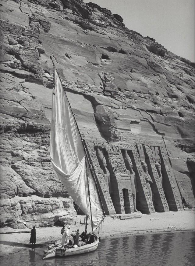 Храм в скале Абу-Симбел, Египет, 1960-е. Фотограф Кис Шерер