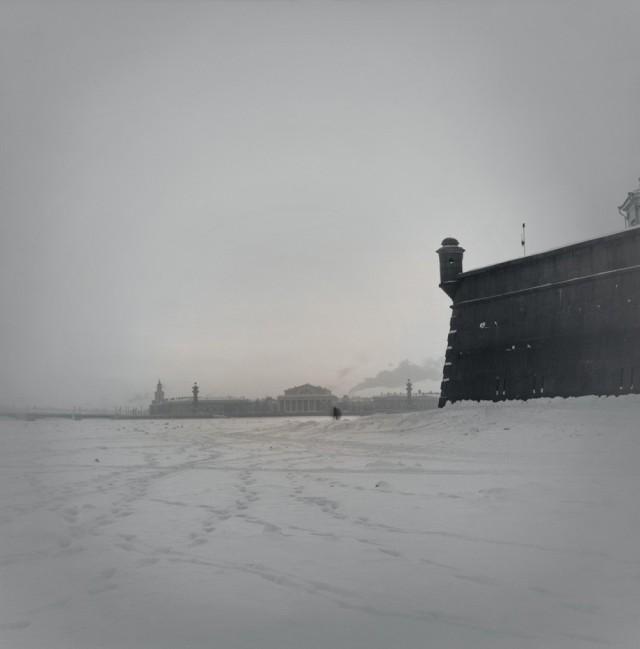 Замёрзшая Нева и Петропавловская крепость, 1996. Санкт-Петербург. Фотограф Алексей Титаренко