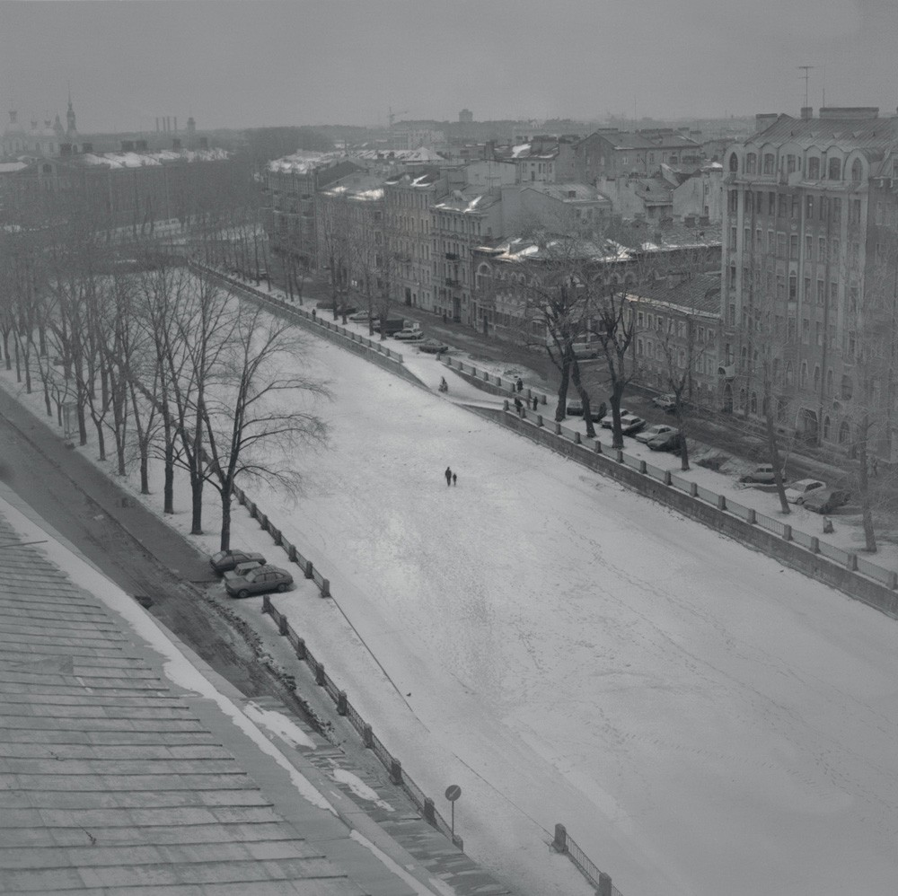 Замёрзший Грибоедовский канал, 1997. Санкт-Петербург. Фотограф Алексей Титаренко