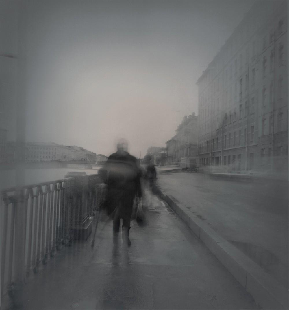 Набережная Фонтанки, 1995. Чёрно-белая магия Санкт-Петербурга.  Фотограф Алексей Титаренко