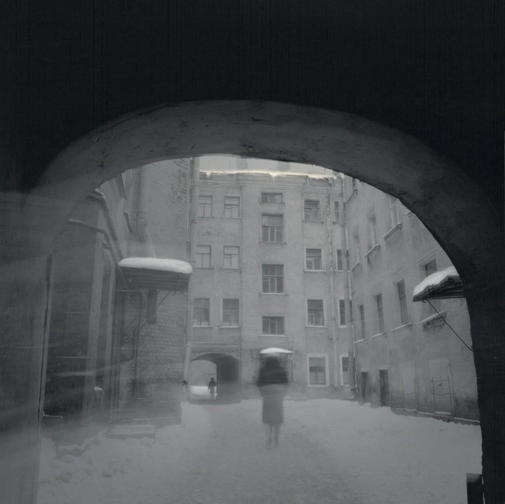 Проходной двор, 1997. Санкт-Петербург. Фотограф Алексей Титаренко