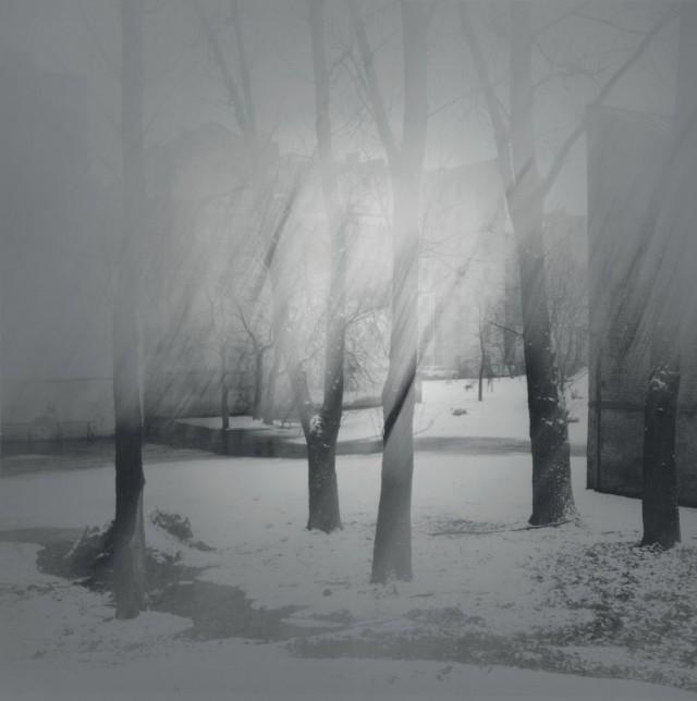 Туманное утро на улице Таракановской, 1994. Чёрно-белая магия Санкт-Петербурга.  Фотограф Алексей Титаренко