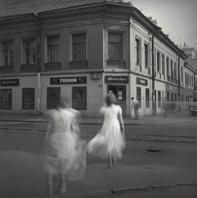 Алексей Титаренко: дымка вневременья на улицах Санкт-Петербурга