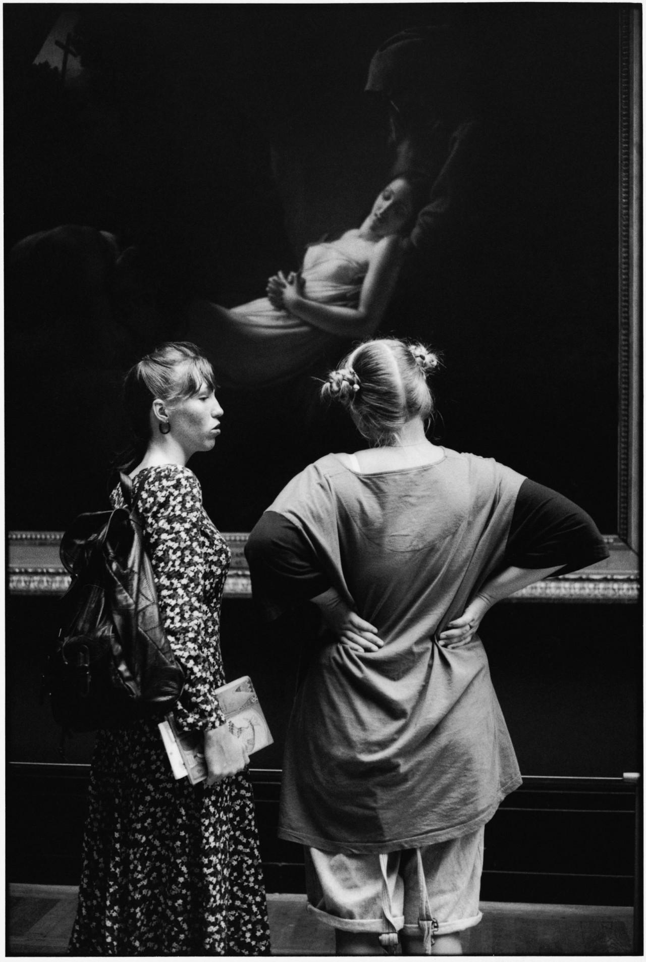 Лувр, Париж, 1993. Фотограф Алесио де Андраде