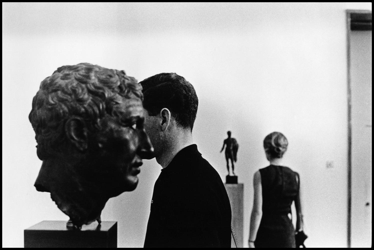 Музей Акрополя в Афинах, Греция, 1963. Автор Эллиотт Эрвитт