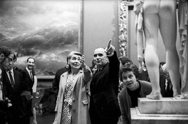 Премьер-министр Франции Жорж Помпиду в Русском музее. Ленинград, 1967. Фотограф Александр Стешанов