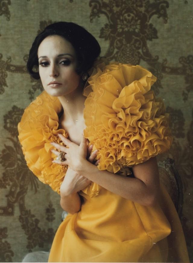 Модель в костюме Хелены Рубенштейн, 1969 год. Фотограф Мари Косиндас