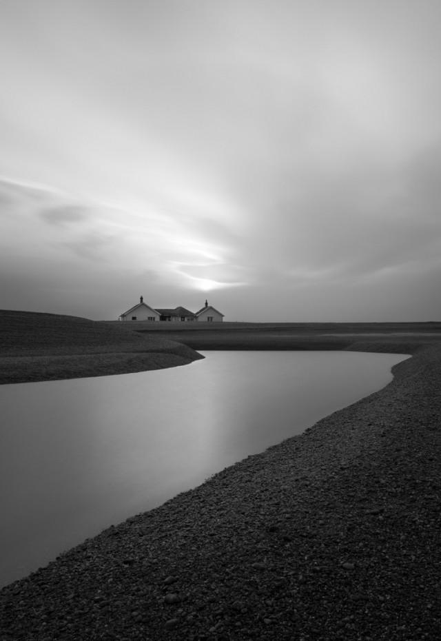 Изгиб береговой линии в Суффолке, Англия. Фотограф Костас Кариолис