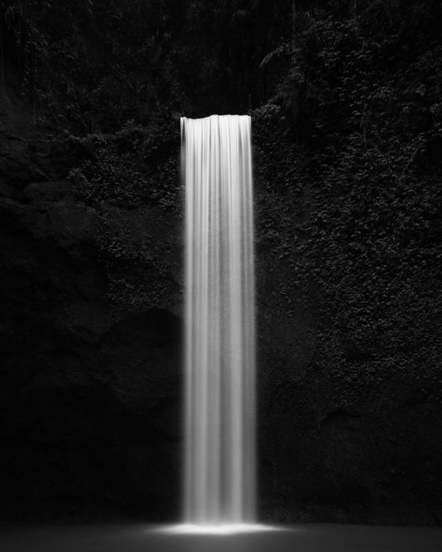Водопад на острове Бали в Индонезии. Фотограф Тирта Вината