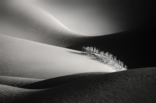 Пустыня, недалеко от города Исфахан. Фотограф Фатемех Пишхан