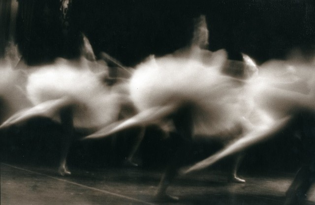 Балерины, Санкт-Петербург, 1995. Фотограф Елена Скибицкая
